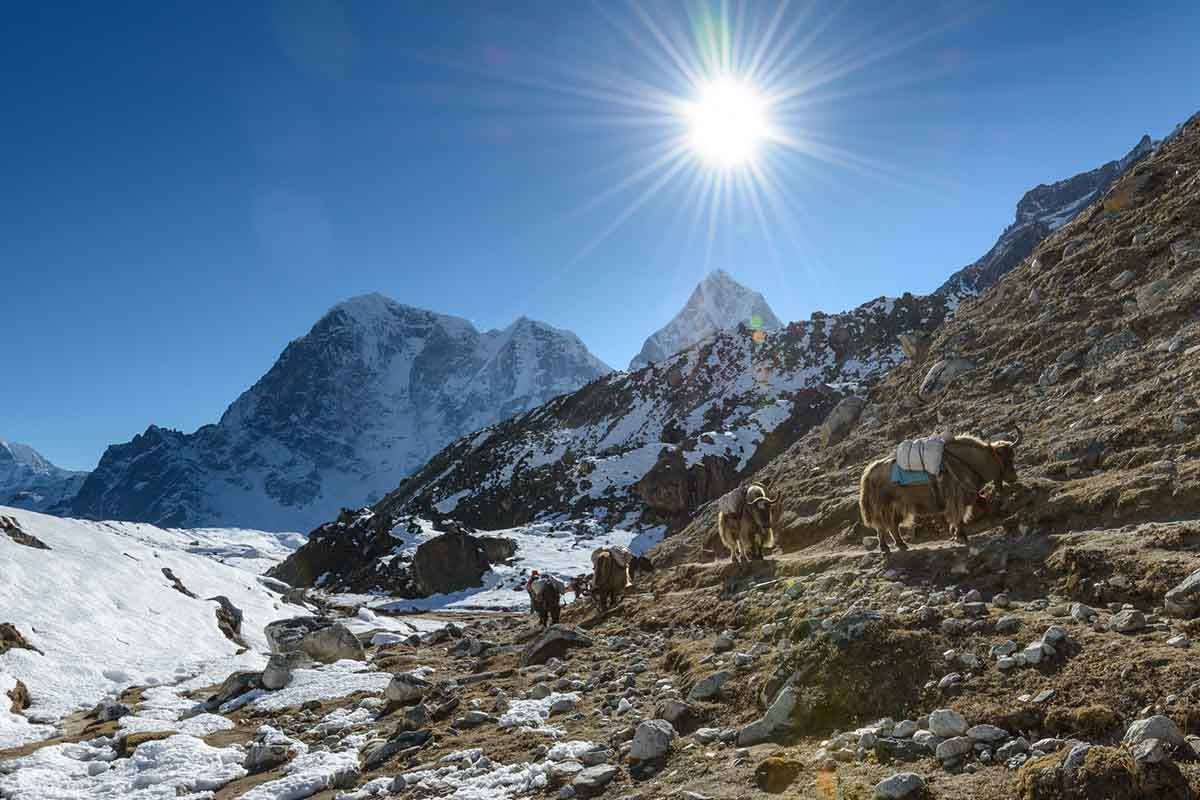 everest base camp autumn season