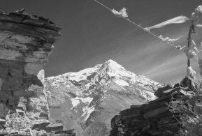 Pisang peak climb
